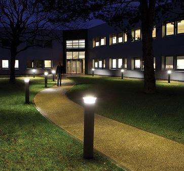 đèn sân vườn chiếu sáng quang cảnh