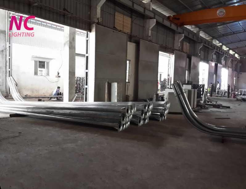 Nhà máy sản xuất cột thép chiếu sáng NC LIGHTING