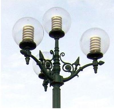 tay đèn sân vườn nc 01
