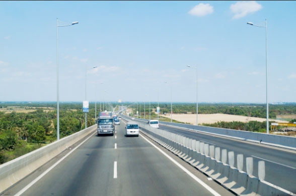 Cột đèn cao áp đường cao tốc tại Hà Nam