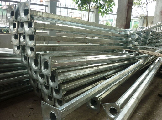 Dây chuyền sản xuất cột đèn cao áp tại Hà Nam