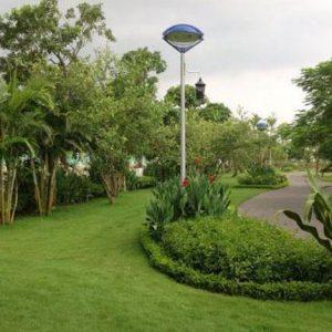 Cột đèn trang trí sân vườn con mắt